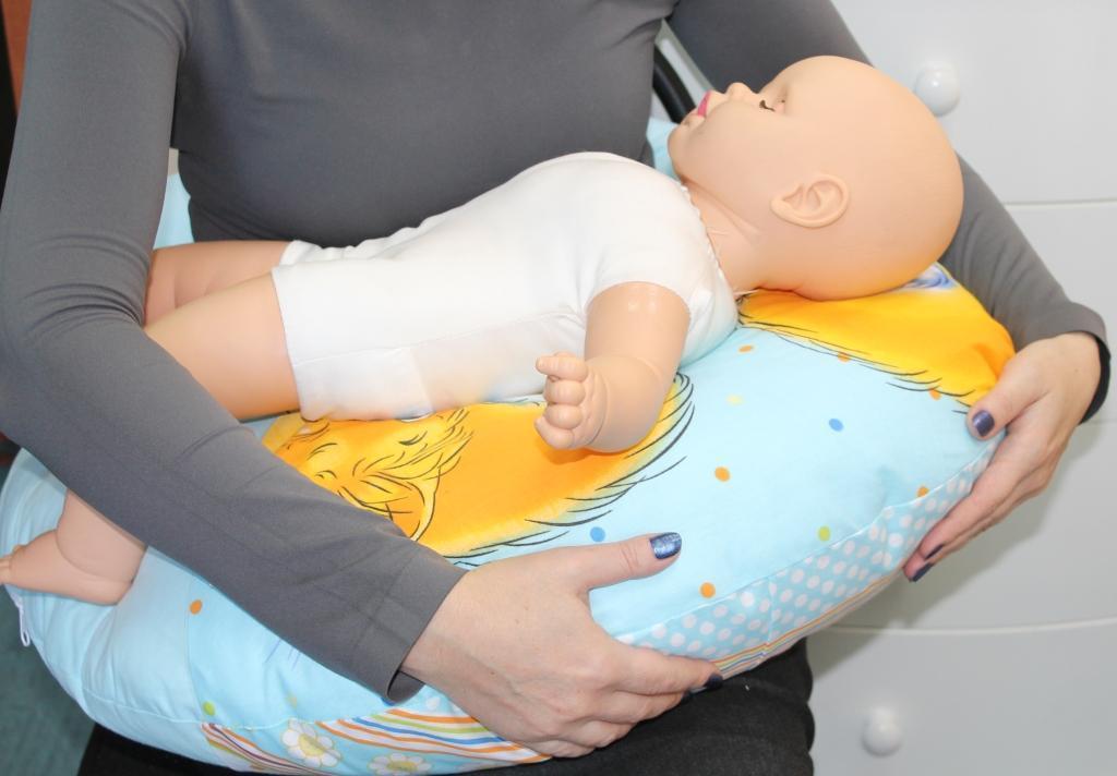подушка для кормления как пользоваться фото пытавшуюся перейти оживлённую