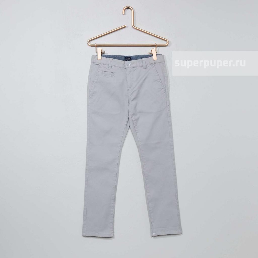 1f2b3c69083 Kiabi Детям 49 • Узкие брюки-чинос из твила - светло-серый VY429 ...